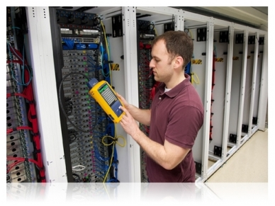 LAN kabelių analizatoriusDSX2-5000 INT 3