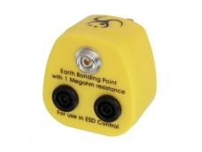Lindy UK Anti-Static Earth Bonding Plug. 1 x 10mm Stud & 2 x 4mm Banana Sockets